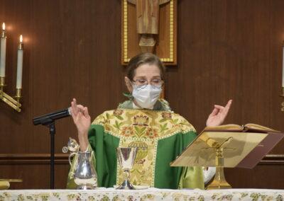 Holy Communion Rev. Cindy